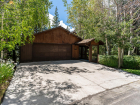 3360-Edgewater-Dr-Tahoe-City-large-006-029-DSC3327-1499x1000-72dpi